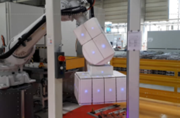 fenceless pick and place application with a robot covered that is covered by airskin